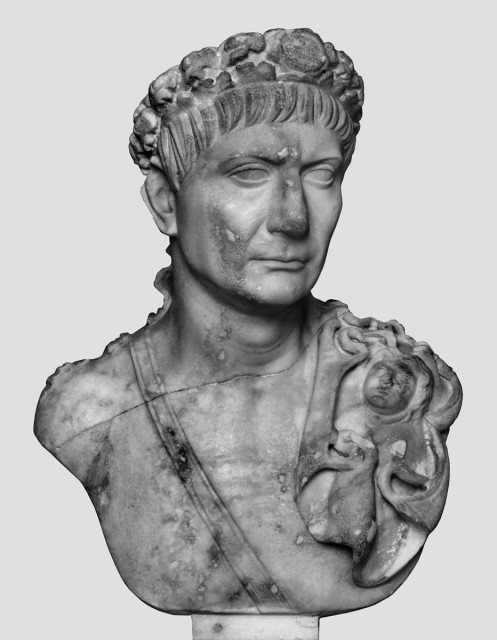 Bust of Trajan. München, Glyptothek. Photo: Courtesy Hans R. Goette