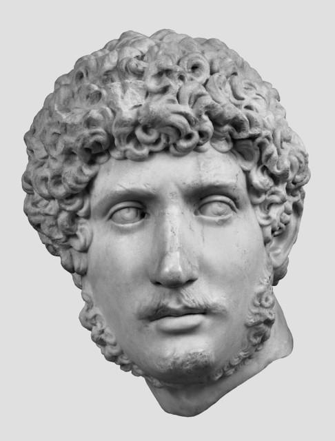 Idealbildnis des Kaisers Hadrian als jugendlicher Heros