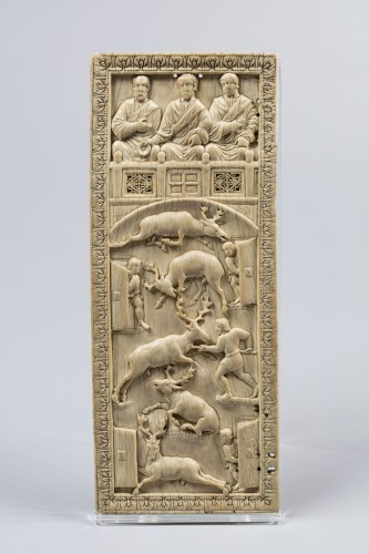 Leaf of the Venatio diptych, Rome (?), late 4th or early 5th century AD, ivory. National Museums Liverpool, World Museum, inv. no. M10042 © Courtesy of National Museums Liverpool